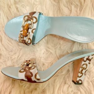 Brand New Vintage Gucci Blue Horsebit Heels